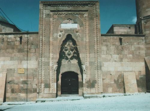 Moschea di Alaeddin – Un amore scalfito nella pietra